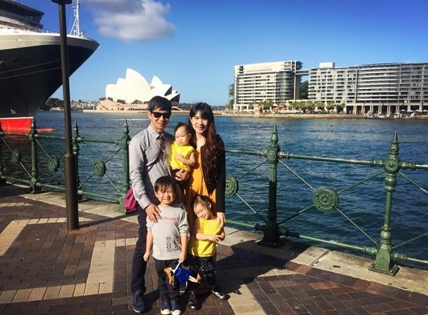 Lý Hải - Minh Hà cùng các con du lịch khám phá xứ sở chuột túi - ảnh 1