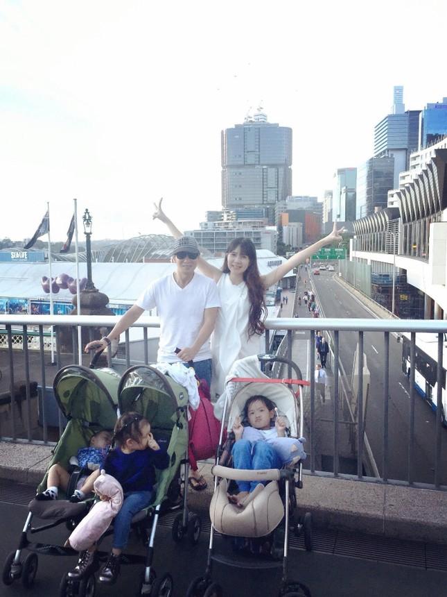 Lý Hải - Minh Hà cùng các con du lịch khám phá xứ sở chuột túi - ảnh 7