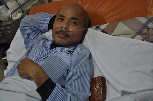 'Chu Văn Quềnh' nhập viện vì hạch nổi, tác dụng phụ trị ung thư - ảnh 1