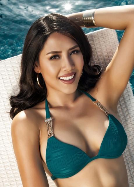 Hoa hậu Biển Nguyễn Thị Loan nóng bỏng với bikini, váy xuyên thấu - ảnh 8