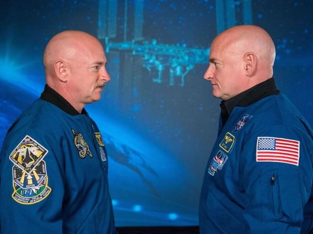 Phi hành gia Scott Kelly đã trẻ hơn 0,01 giây khi trở về Trái Đất - ảnh 1