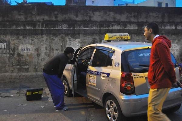 Tin mới nhất về sức khỏe bé 2 tuổi bị taxi đâm ở Hà Nội - ảnh 1