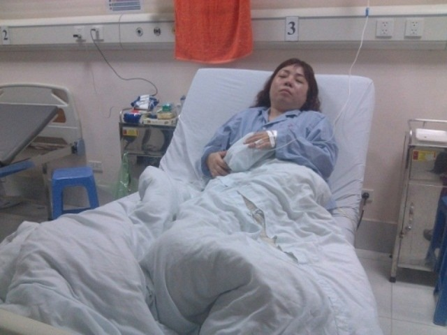 Giây phút kinh hoàng của thai phụ bị 20 côn đồ hành hung tại nhà - ảnh 2