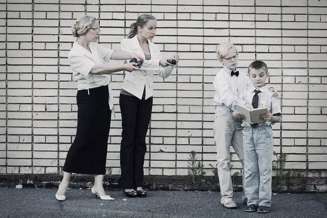 Loạt ảnh cảnh báo cha mẹ về sai lầm trong cách dạy con - ảnh 6