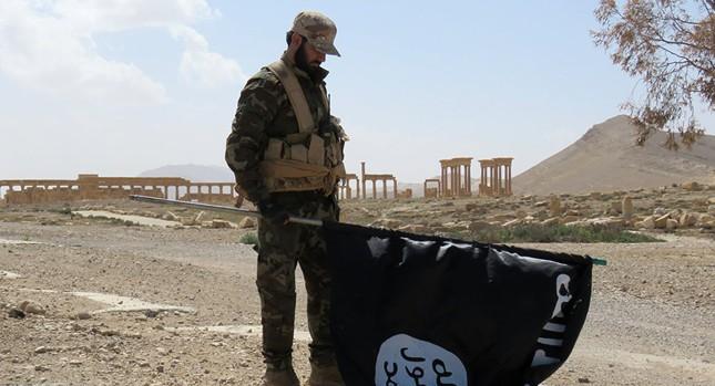 Người dân trở về quê hương Palmyra, cảm ơn sự giúp đỡ của Nga - ảnh 1