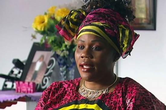 Người phụ nữ xuất hiện tại đám tang chính mình để vạch mặt chồng - ảnh 1