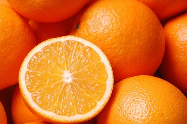 Những lưu ý khi ăn cam để không ảnh hưởng tới sức khỏe - ảnh 1