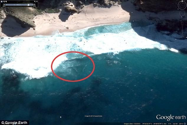 Hình ảnh vệ tinh cho thấy xác MH370 đang ở Mũi Hảo Vọng? - ảnh 1