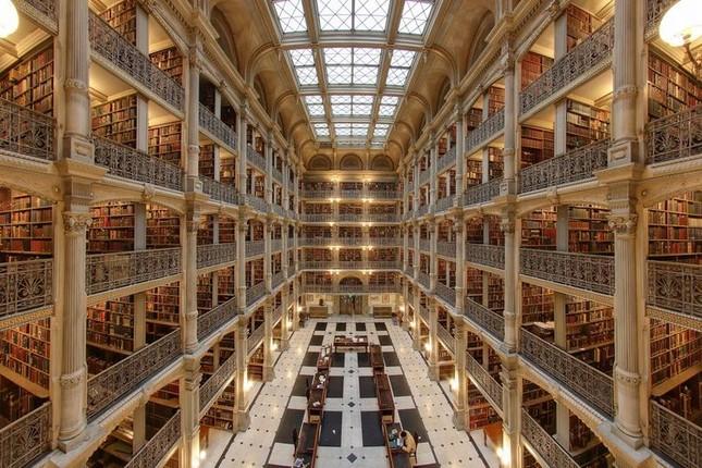 Choáng ngợp với các thư viện lộng lẫy nhất thế giới - ảnh 1