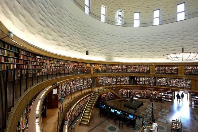 Choáng ngợp với các thư viện lộng lẫy nhất thế giới - ảnh 8
