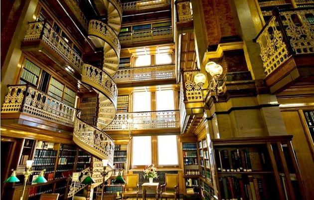Choáng ngợp với các thư viện lộng lẫy nhất thế giới - ảnh 10