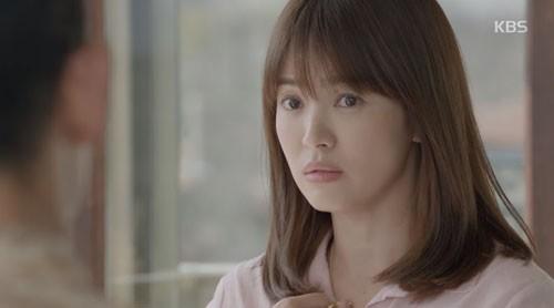 Song Joong Ki - Song Hye Kyo và nụ hôn 'bão' hậu duệ của mặt trời - ảnh 5