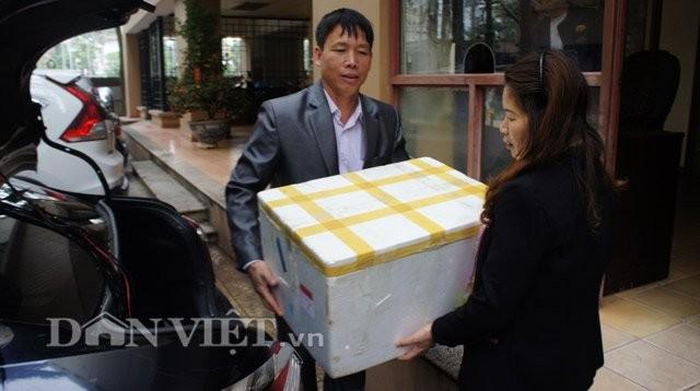 Hỏng đầm tôm, ông Đoàn Văn Vươn tiếp thị vịt sạch ở Thủ đô - ảnh 3