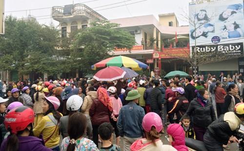 Hai đối tượng nổ súng dọa dân ở Sầm Sơn ra đầu thú  - ảnh 1
