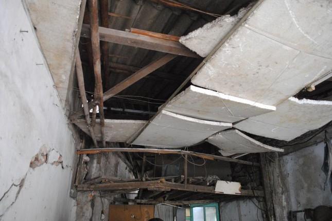 Nhà sắp sập không được sửa, nữ sinh cầu cứu Chủ tịch Hà Nội - ảnh 2
