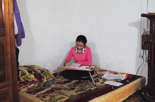 Nhà sắp sập không được sửa, nữ sinh cầu cứu Chủ tịch Hà Nội - ảnh 7
