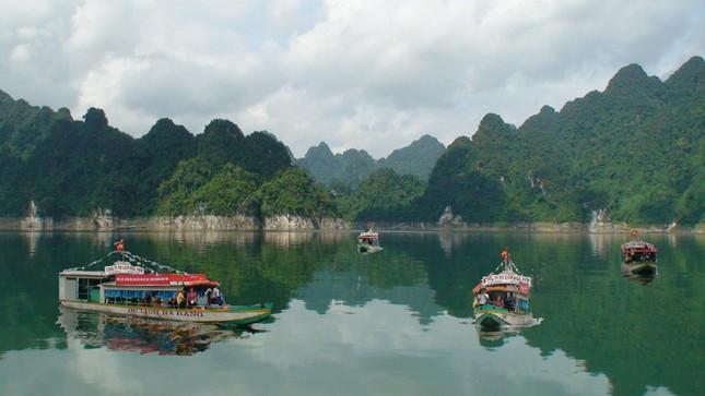 Vẻ đẹp của 6 địa điểm mệnh danh 'Vịnh Hạ Long trên cạn' xứ Bắc - ảnh 4