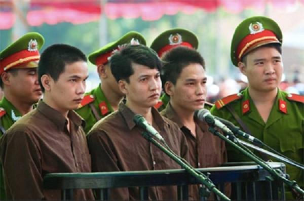 Chủ mưu thảm án giết 6 người ở Bình Phước bất ngờ xin ân xá - ảnh 1