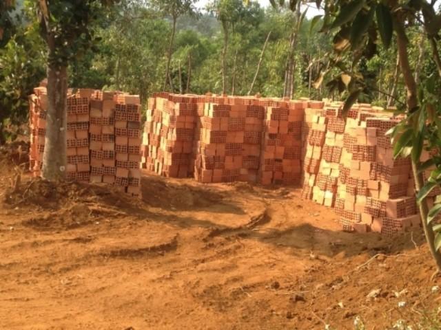 Gia Lai: 'Đua nhau xây nhà, chờ đền bù' - ảnh 2