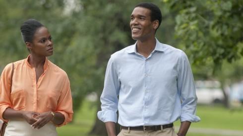 Chuyện tình vợ chồng Tổng thống Obama được dựng thành phim - ảnh 1