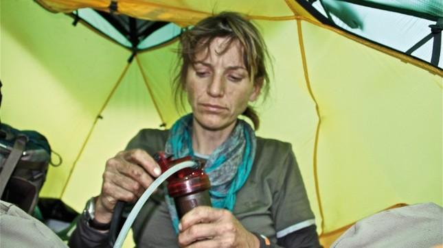 Phi thường người phụ nữ đi bộ 16.000 km xuyên châu lục - ảnh 6