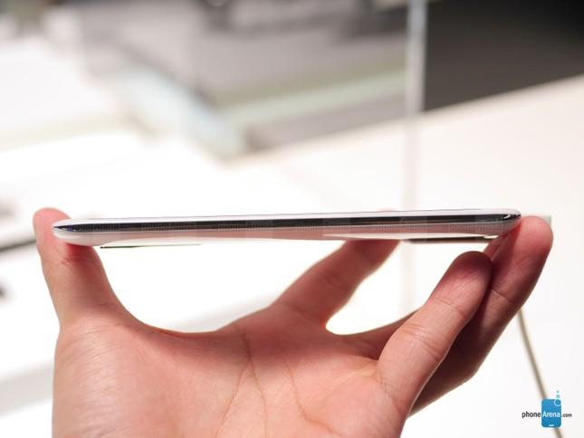 Smartphone selfie 'chuẩn Hàn Quốc' giá chỉ 3,5 triệu đồng - ảnh 8
