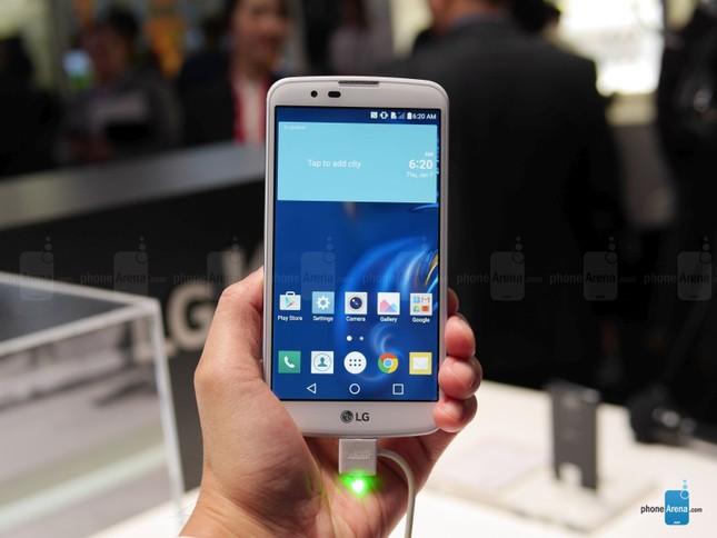 Smartphone selfie 'chuẩn Hàn Quốc' giá chỉ 3,5 triệu đồng - ảnh 1