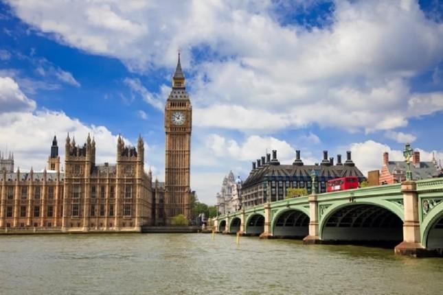 London đứng đầu top 10 thành phố đắt đỏ nhất thế giới - ảnh 1