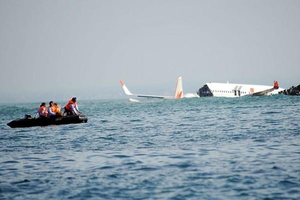 Hai phi công 'biết' chỗ MH370 rơi, đòi 5 triệu USD trục vớt - ảnh 1