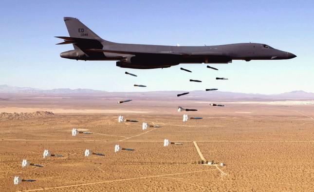 Sức mạnh máy bay B-1 Mỹ triển khai ở Australia đối phó Trung Quốc - ảnh 2