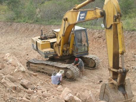 Kho vàng 4000 tấn ở Bình Thuận: Sẽ chia phần cho người phát hiện - ảnh 1