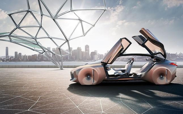 BMW tự hào khoe dòng xe tự lái tương lai – Vision Next 100 - ảnh 3