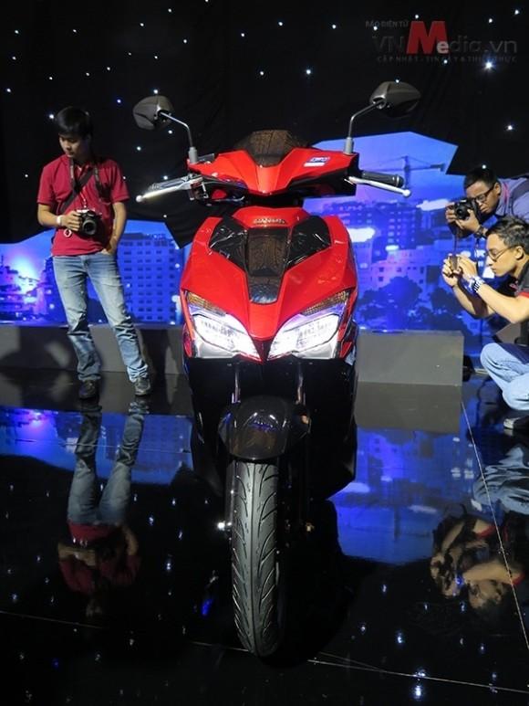 Bất ngờ Honda Air Blade 2016 đẹp mê ly với giá không đổi - ảnh 1