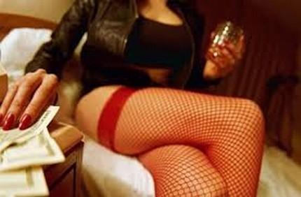 Làm được gì khi không tìm được nguồn ảnh Kỳ Duyên trên web sex? - ảnh 3