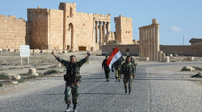 Nga không kích hơn 2.000 lần giúp quét sạch IS khỏi Palmyra - ảnh 1