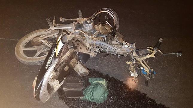 Đồng Nai: Ô tô tông xe máy kinh hoàng, một phụ nữ tử vong - ảnh 1