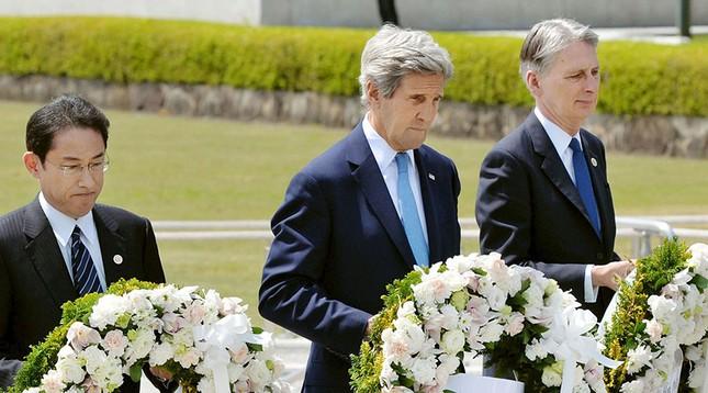 Ngoại trưởng Mỹ lần đầu đến Hiroshima, không bày tỏ lời xin lỗi - ảnh 1