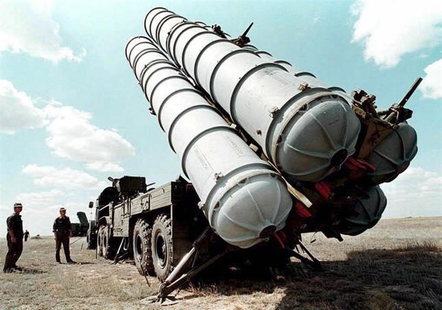Iran đã chính thức nhận lô thiết bị đầu tiên của 'rồng lửa' S-300 - ảnh 1