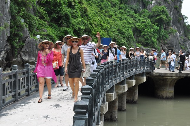 Du lịch Việt: 'Xấu xa phơi ra', khách Tây cũng phải chào thua - ảnh 3