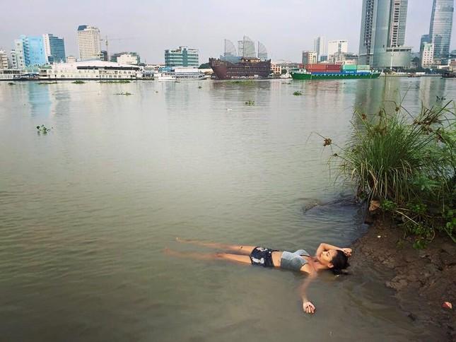 Minh Triệu từng lo sợ khi nhận vai bán dâm ở phim của Ngọc Trinh - ảnh 5