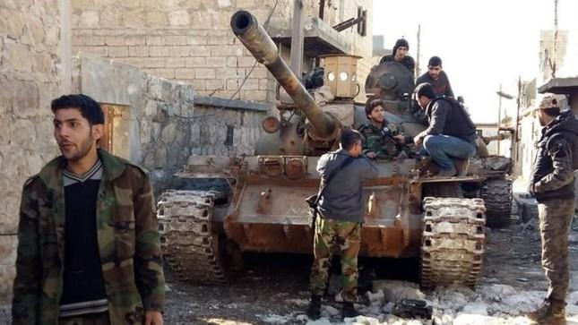 Khủng bố Al Nusra điều gần 10.000 tay súng phong tỏa Aleppo - ảnh 1
