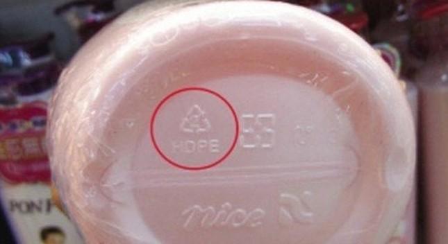 Biết ý nghĩa ký hiệu trên lọ nhựa có thể tránh nguy cơ ung thư - ảnh 2