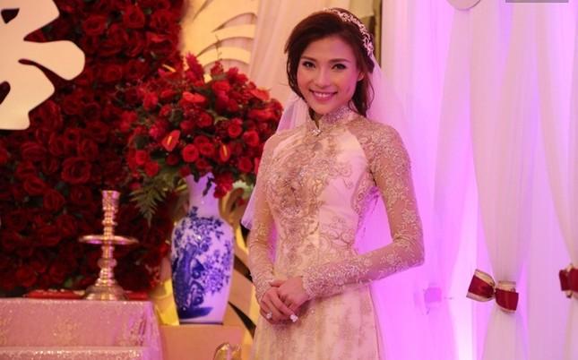 Lương Thế Thành rạng rỡ đưa sính lễ rước cô dâu Thúy Diễm về dinh - ảnh 6