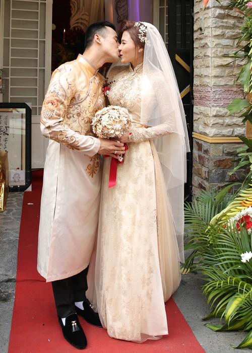 Toàn cảnh đám cưới lãng mạn của Lương Thế Thành - Thúy Diễm - ảnh 11