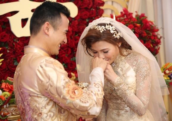 Toàn cảnh đám cưới lãng mạn của Lương Thế Thành - Thúy Diễm - ảnh 9