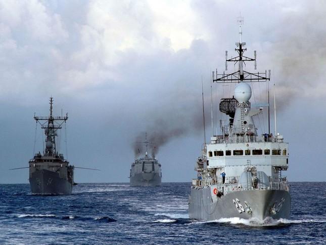 Mỹ cần đổ thêm tiền nếu muốn 'cầm trịch' ở Biển Đông - ảnh 1