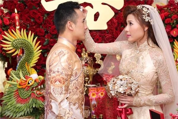 Cô dâu Thúy Diễm lâng lâng hạnh phúc vì nhiều người thương - ảnh 5