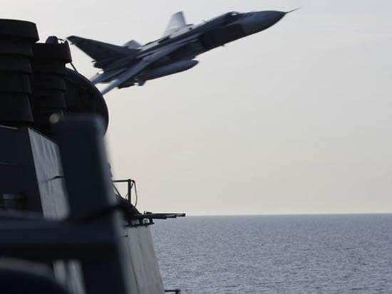 Nga lên tiếng vụ Su-24 'tấn công mô phỏng' tàu khu trục Mỹ - ảnh 1