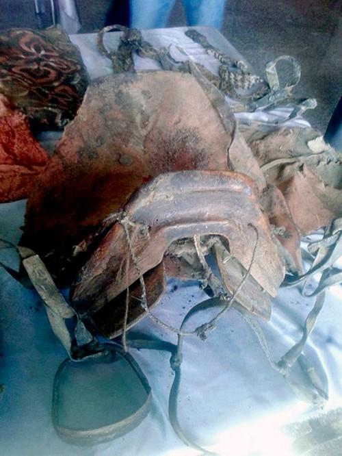 Phát hiện xác ướp 1500 tuổi mang giày Adidas - ảnh 2