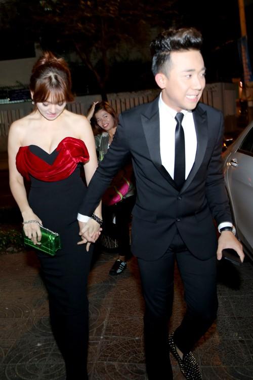 Trấn Thành chăm sóc chu đáo cho 'người tình hơn tuổi' Hari Won - ảnh 2